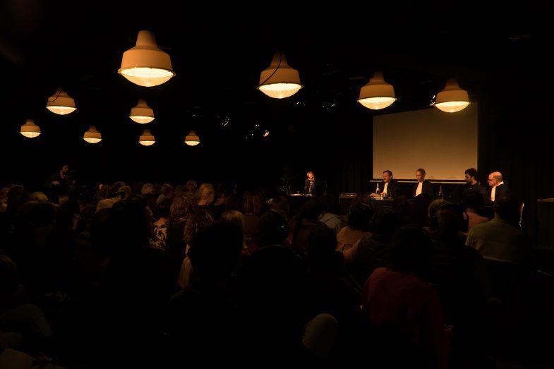 'Refugee on Trial' performance art. Pakhuis de zwijger amsterdam. Ehsan Fardjadniya.